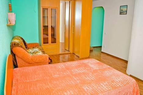 Сдается 1-комнатная квартира посуточнов Волжском, проспект им Ленина 63.