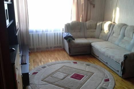Сдается 2-комнатная квартира посуточно в Армавире, ул. Кирова, 46.