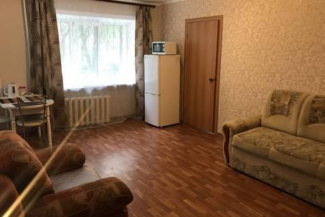 Сдается 2-комнатная квартира посуточно в Хабаровске, ул. Серышева, 76А.