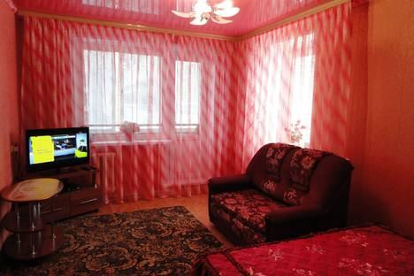 Сдается 1-комнатная квартира посуточно в Нижнекамске, ул. Студенческая, 63.