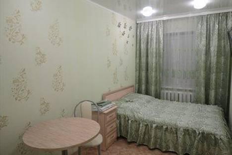 Сдается 1-комнатная квартира посуточно в Нижнекамске, ул. Менделеева, 41.