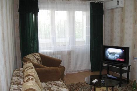 Сдается 1-комнатная квартира посуточнов Новотроицке, Комарова, 9.