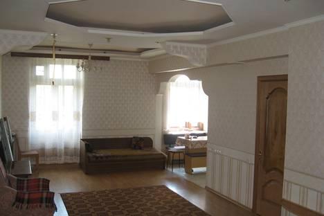 Сдается 3-комнатная квартира посуточнов Новотроицке, Железнодорожная, 2.