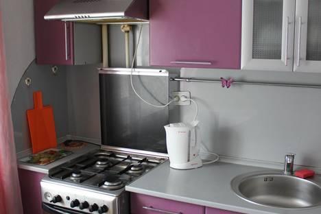 Сдается 2-комнатная квартира посуточно в Кургане, Ленина,9.