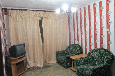 Сдается 2-комнатная квартира посуточнов Уфе, ул. Орджоникидзе, 7.