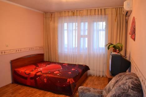 Сдается 1-комнатная квартира посуточнов Казани, ул. Юлиуса Фучика,  117.