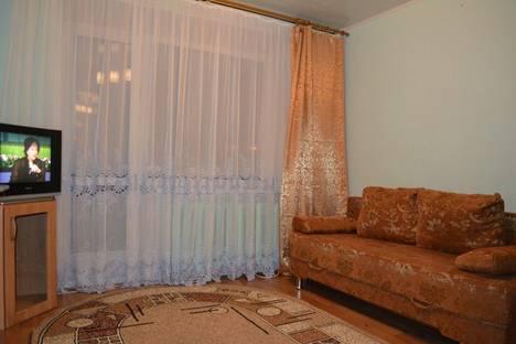 Сдается 1-комнатная квартира посуточнов Мегионе, проспект Победы, 12.