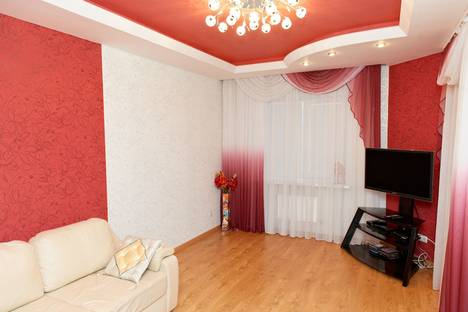 Сдается 1-комнатная квартира посуточно в Великих Луках, проспект Гагарина, 79.