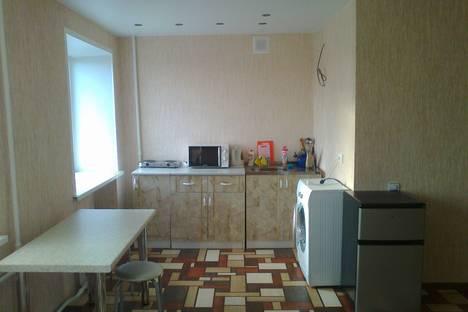Сдается 2-комнатная квартира посуточнов Тюмени, ул. Пышминская, 3а.