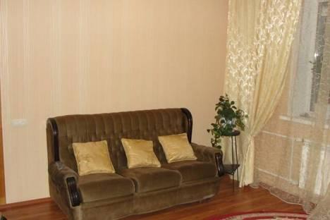 Сдается 1-комнатная квартира посуточно в Нижнем Тагиле, проспект Ленина, 73.