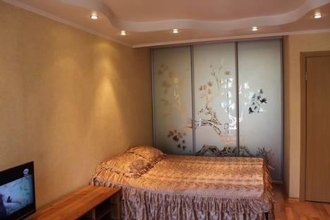 Сдается 1-комнатная квартира посуточно в Новокузнецке, Октябрьский проспект, 12.