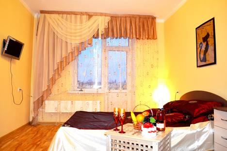 Сдается 1-комнатная квартира посуточно в Бийске, ул. Стахановская, 2/4.