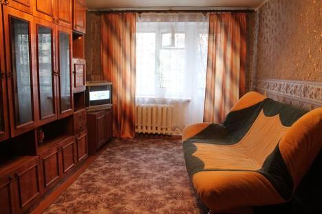 Сдается 1-комнатная квартира посуточно в Рыбинске, ул. Карякинская, , 41.