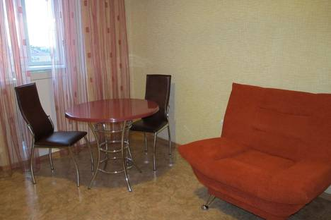 Сдается 1-комнатная квартира посуточно в Ульяновске, ул. Радищева, д.5.