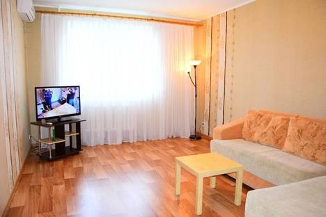 Сдается 1-комнатная квартира посуточно в Ульяновске, ул. Островского, 58.