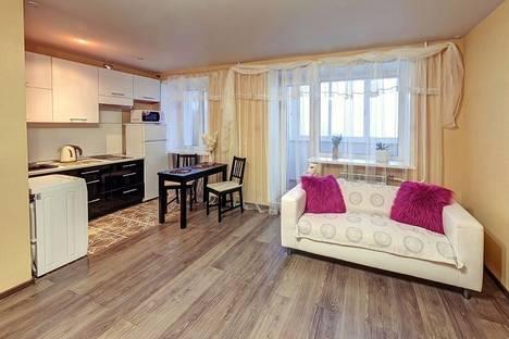 Сдается 1-комнатная квартира посуточнов Хабаровске, ул. Ленина, 11.