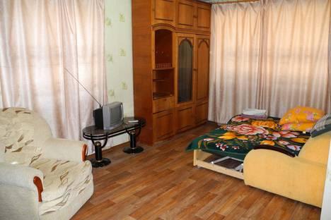 Сдается 1-комнатная квартира посуточново Владивостоке, ул. Октябрьская, 18.