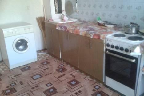 Сдается 2-комнатная квартира посуточно в Благовещенске, ул. Амурская, 146.
