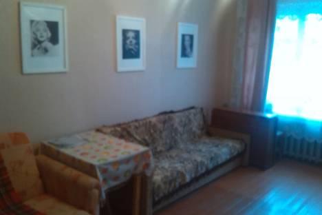 Сдается 1-комнатная квартира посуточнов Великих Луках, Октябрьский проспект, 40.