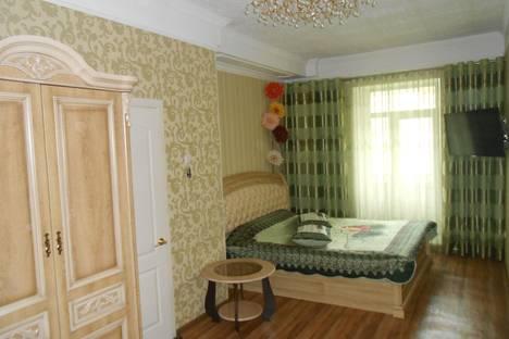 Сдается 1-комнатная квартира посуточнов Комсомольске-на-Амуре, аллея Труда, 7А.