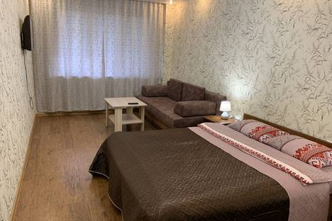 Сдается 1-комнатная квартира посуточно в Ангарске, 12 а микрорайон дом 5.