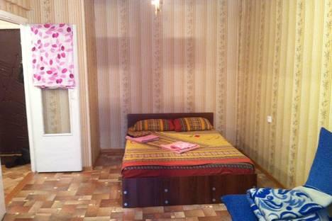 Сдается 1-комнатная квартира посуточно в Ангарске, 33 микрорайон, дом 6.