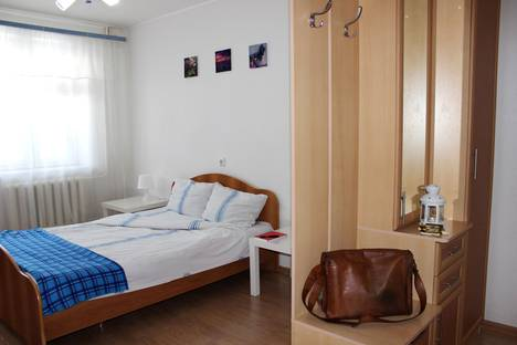 Сдается 1-комнатная квартира посуточно в Чебоксарах, Тракторостроителей проспект, 66.