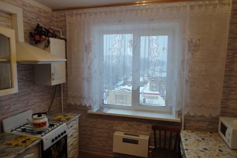 Сдается 3-комнатная квартира посуточно в Нижнекамске, Рифката Гайнуллина, 10.