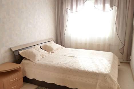 Сдается 2-комнатная квартира посуточно в Кургане, ул.6 микрорайон д.17.