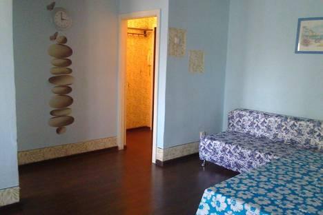 Сдается 2-комнатная квартира посуточнов Екатеринбурге, ул. Шейнкмана, 30.