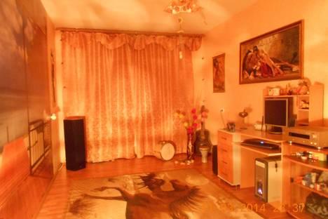 Сдается 1-комнатная квартира посуточно в Нижнем Тагиле, ул. Черных, 52.