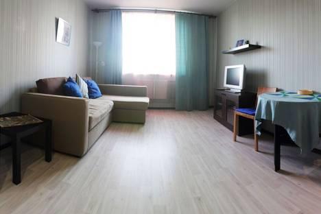 Сдается 1-комнатная квартира посуточнов Санкт-Петербурге, ул. Орджоникидзе 59к2.