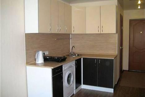 Сдается 1-комнатная квартира посуточново Владивостоке, улица Гамарника, 21.