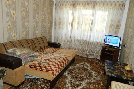 Сдается 1-комнатная квартира посуточно в Майкопе, ул. Ленина, 37.