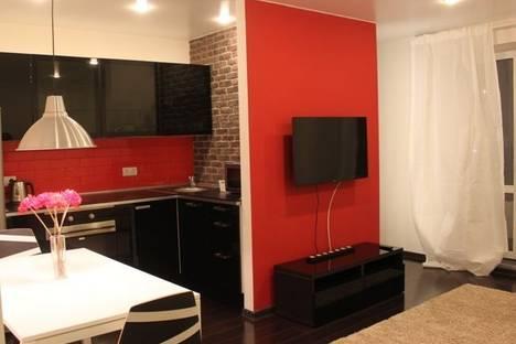 Сдается 1-комнатная квартира посуточнов Тюмени, ул. Эрвье, 30к4.