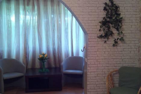 Сдается 2-комнатная квартира посуточно в Сочи, ул. Пирогова, 4к2.
