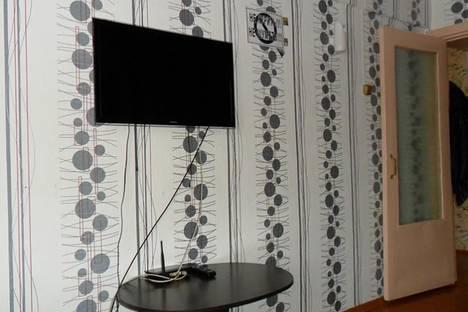 Сдается 2-комнатная квартира посуточнов Тулуне, ул. Ломоносова, 13.