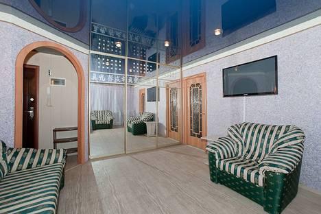 Сдается 3-комнатная квартира посуточнов Челябинске, Свердловский проспект, 11.