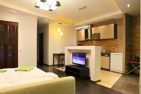 Сдается 1-комнатная квартира посуточно в Химках, микрорайон Новая Сходня, ул. Лесная, 4.