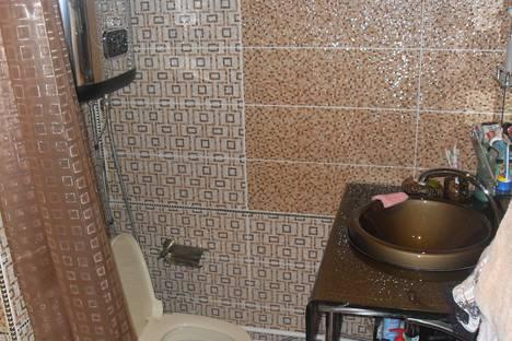 Сдается 2-комнатная квартира посуточно в Серпухове, Цеховая 36.