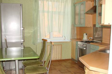 Сдается 2-комнатная квартира посуточно, площадь Свободы, 4.