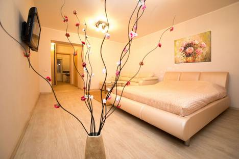 Сдается 1-комнатная квартира посуточнов Саратове, Советская 86/70.
