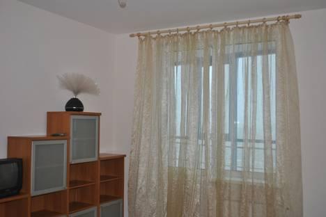 Сдается 2-комнатная квартира посуточнов Санкт-Петербурге, Проспект Ветеранов Жукова, 48.