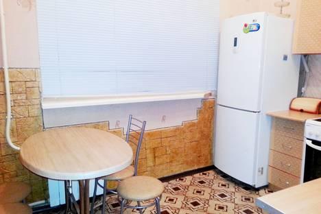 Сдается 1-комнатная квартира посуточнов Тобольске, 6 микрорайон, д.120ж.