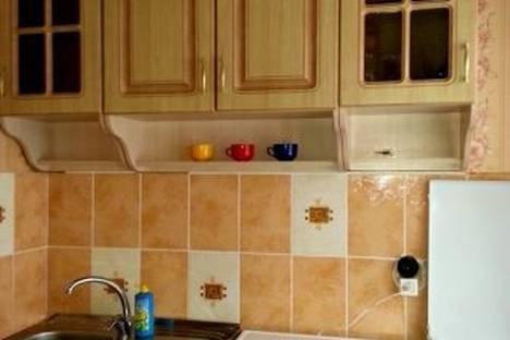 Сдается 2-комнатная квартира посуточно в Тобольске, 4 микрорайон, д.11А.