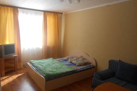 Сдается 1-комнатная квартира посуточно в Миассе, ул. Попова, 15.