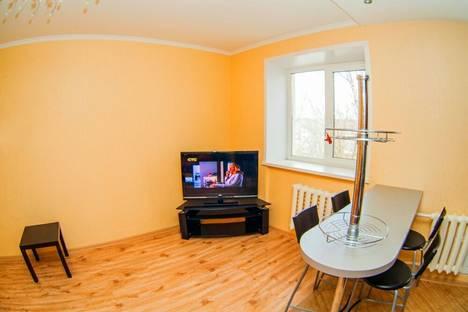 Сдается 3-комнатная квартира посуточно в Саранске, ул. Попова, 55.