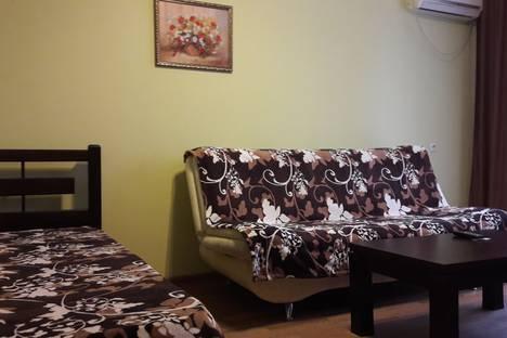 Сдается 1-комнатная квартира посуточно в Севастополе, проспект Генерала Острякова, 38.