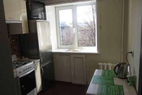 Сдается 1-комнатная квартира посуточнов Ярославле, проспект Октября, 45.