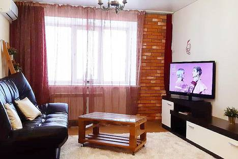 Сдается 1-комнатная квартира посуточно в Набережных Челнах, 32-й комплекс, 1г.